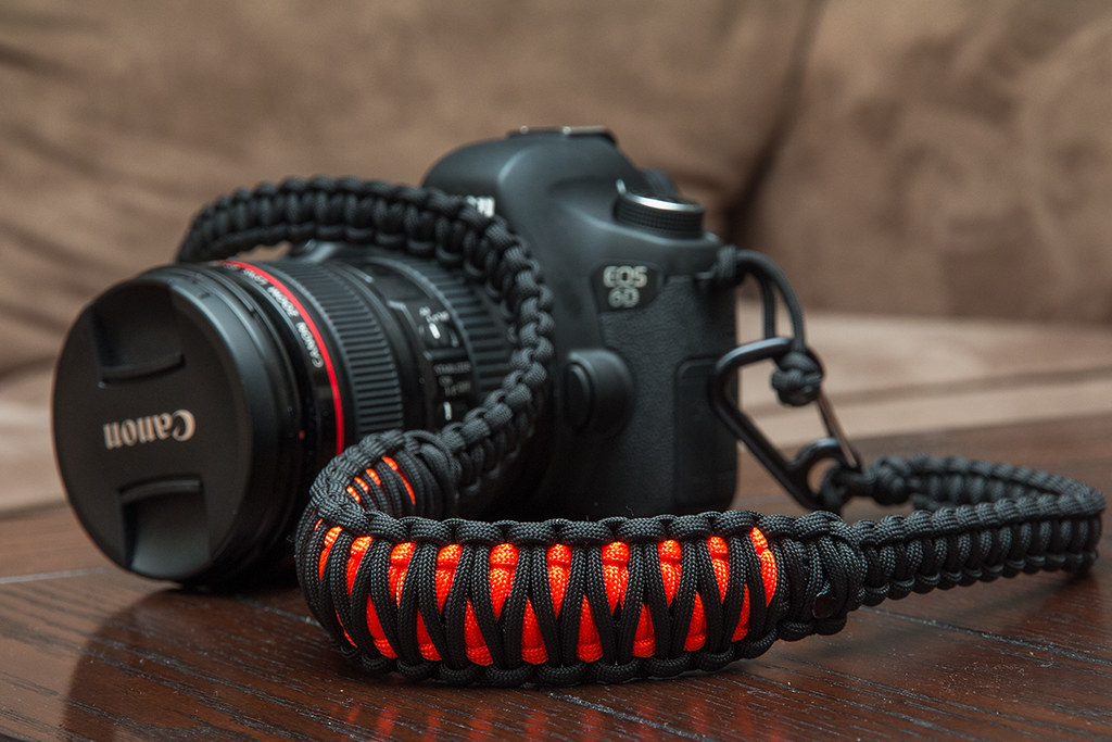 paracord camera strap i bought some paracord to make