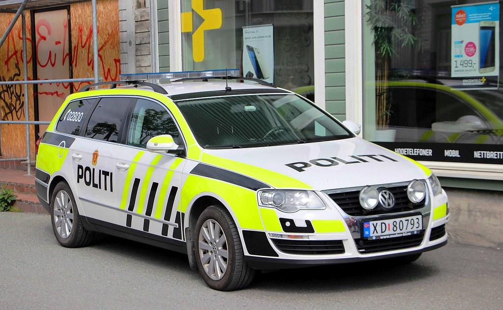 Volkswagen Passat Politi Trondheim Norway N Xd 80793
