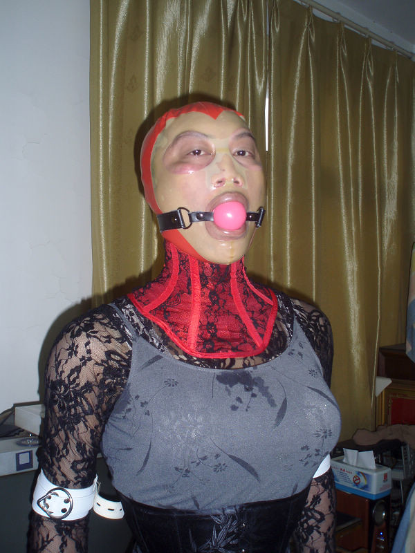 Gagged,Latexhood,Neck Corset  Ricoo Xu  Flickr-1833