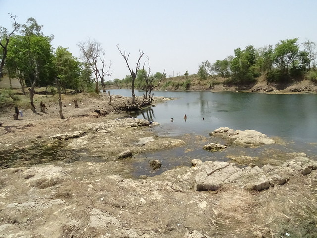 बरीघाट, वाया गणेश नगर, टीकमगढ़, मप्र