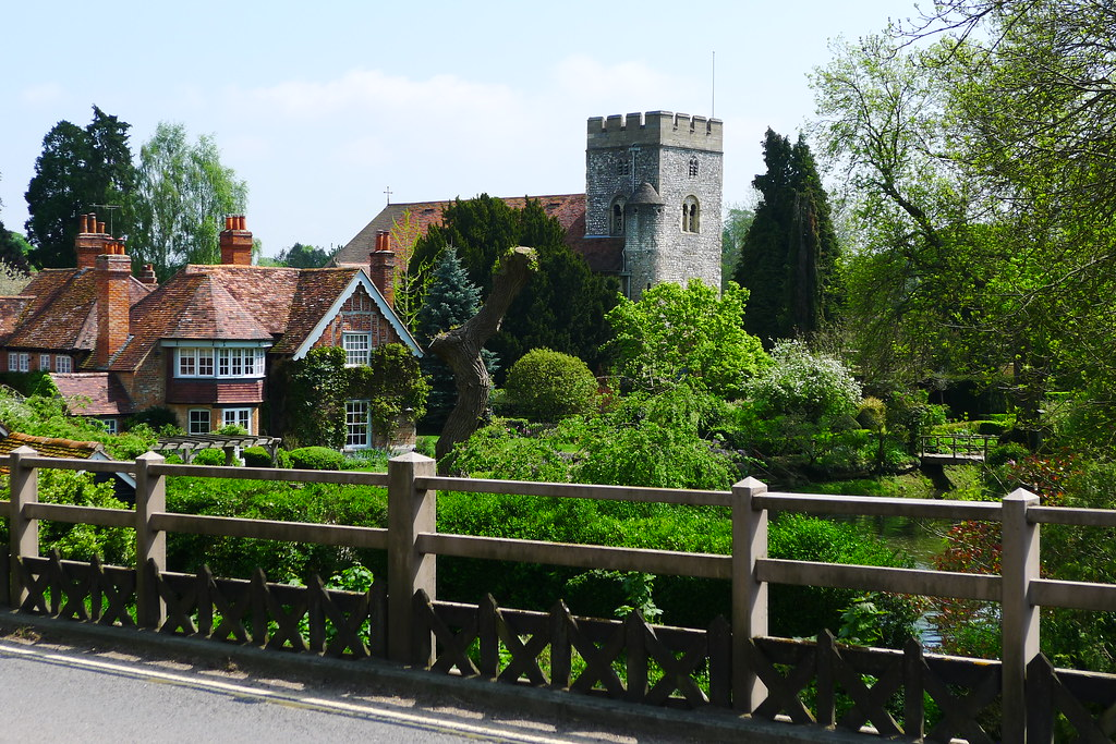 Goring on Thames | Church and old mill in Goring, Oxfordshir… | Timo ...