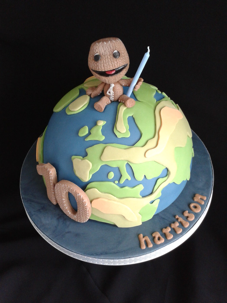 Planet Cake Images : LITTLE BIG PLANET CAKE A year ago I joined Flickr and ...