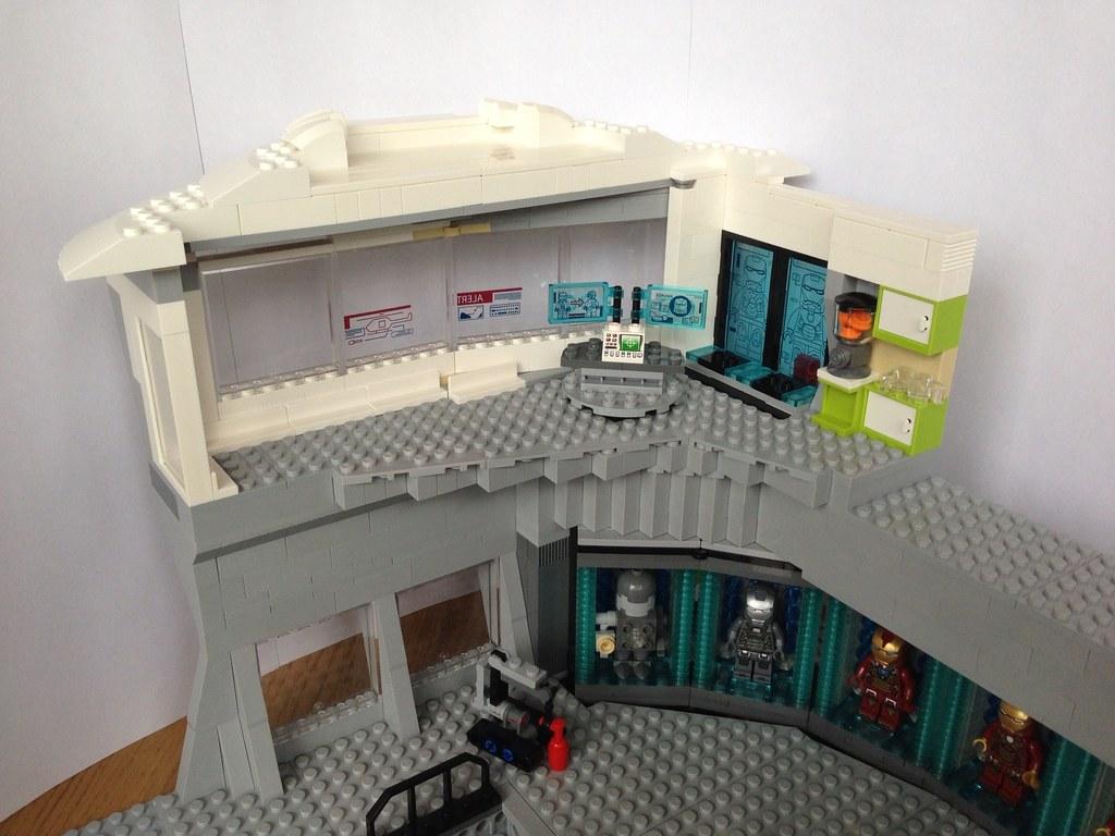 MOC Lego Iron Man 3 Hall Of Armour With Lego Malibu Mansio
