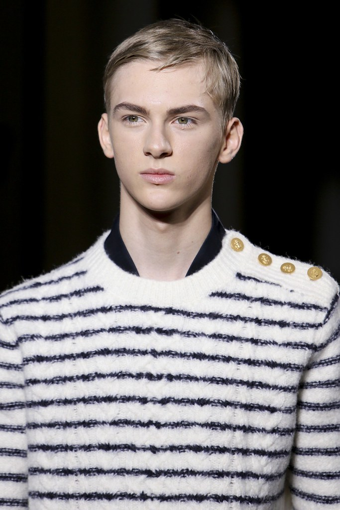 Dominik Sadoch3063_FW14 Paris Valentino(VOGUE)