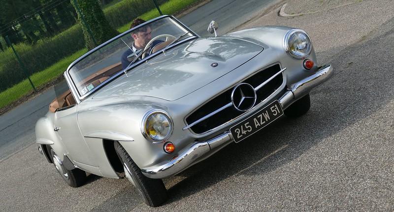 Petite Mercedes 190SL, grosse resto et petit prix 27671218002_b5942fd76c_c