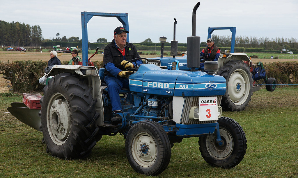 Ford 3610 Tractor : Ford tractor seen at the machinery display