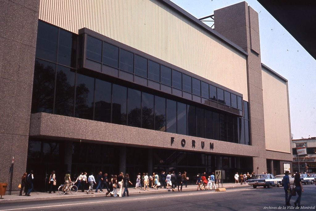 Le Forum de Montréal, 19 mai 1971, VM94-Ed041-009 ...