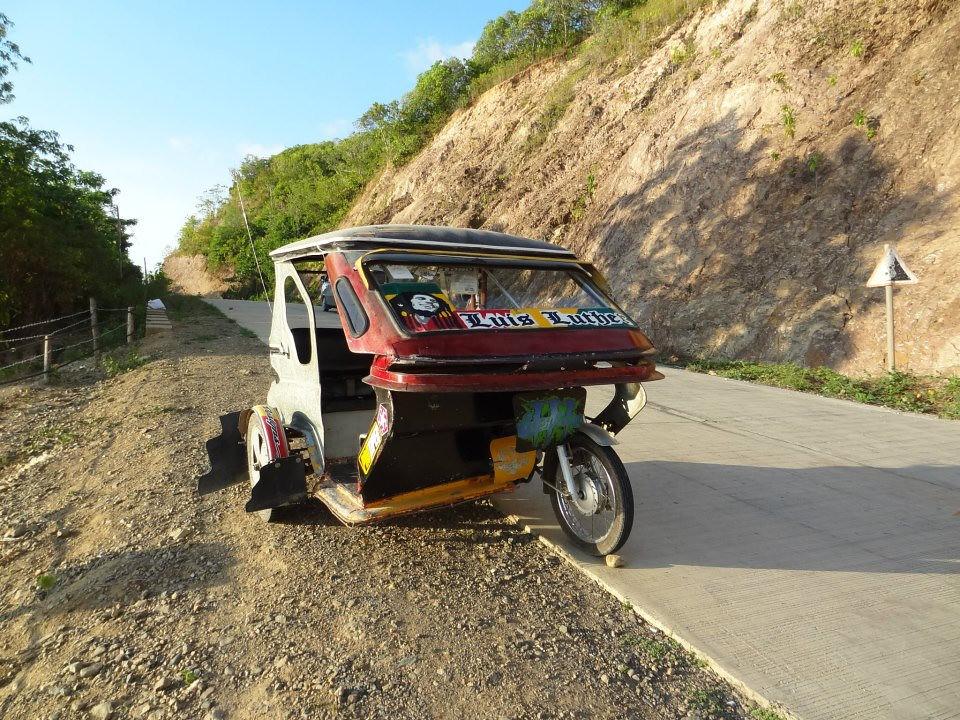 El Nido Tricycle - Copyright Travelosio