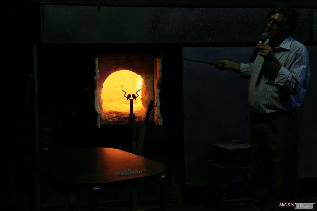 Glass making glory holes
