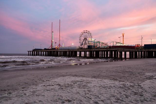 Steel pier atlantic city have a gr8 weekend friends for Steel piers for house