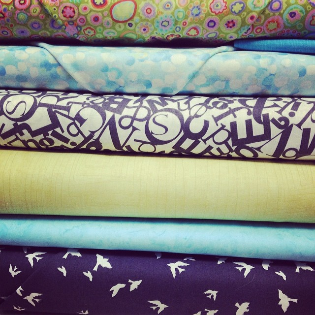 Picking fabrics for my Cat Lady quilt. You, @pennyshima?