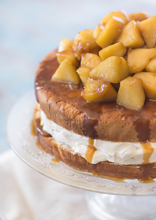 Vanilla Bean Sponge with Salted Caramel Apples | www.raspber ...