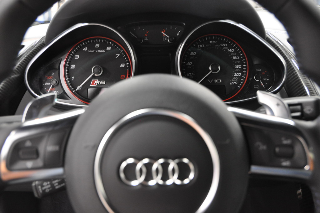 2014 Audi R8 Dashboard | Maria Palma | Flickr