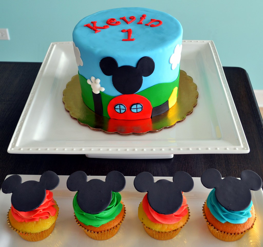 Mickey Mouse Smash Cakes Buttercream: Mickey Mouse Clubhouse Cake And Cupcakes