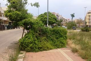Noicattaro. La villetta-parcheggio di via Incoronata, angolo via Desimini front.jpg