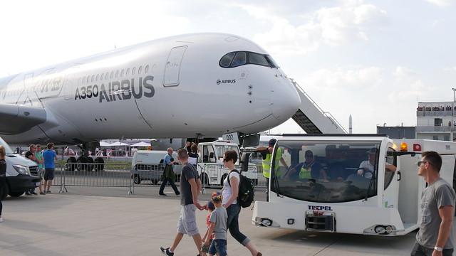 Schlepper & Airbus A350