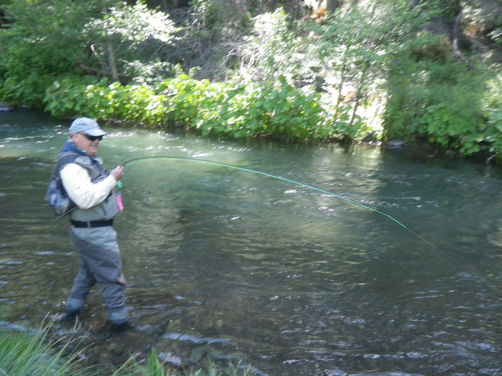 Imgp2469 photo courtesy of mount shasta fly fishing for Fly fishing guide jobs
