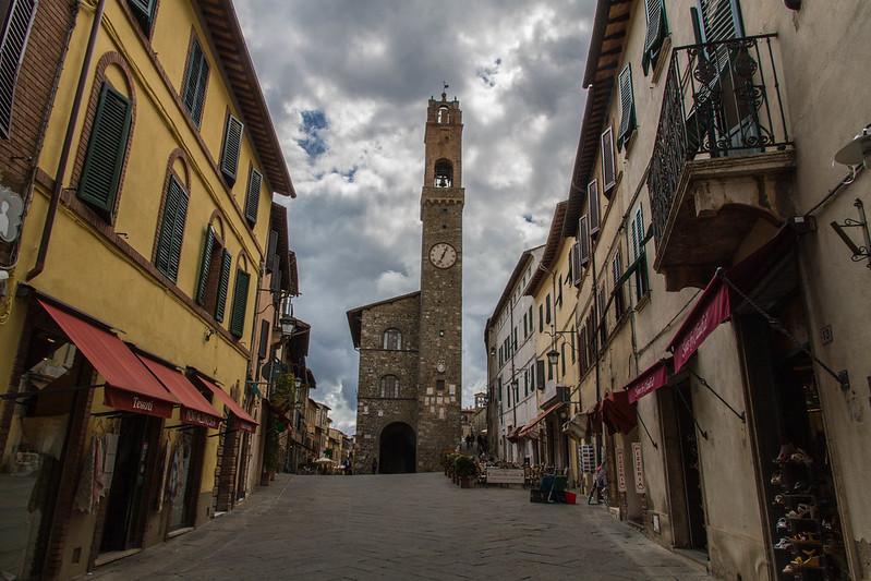 Das Rathaus von Montalcino