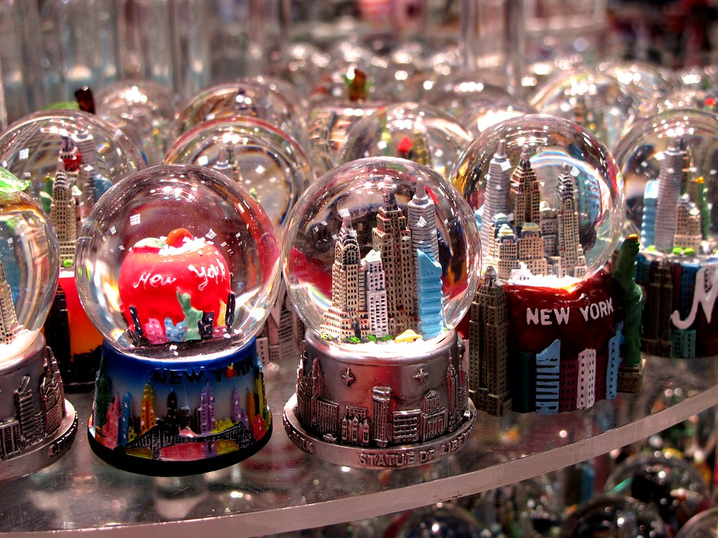 Globes For Sale >> memories for sale | NYC Snow Globes | frankieleon | Flickr