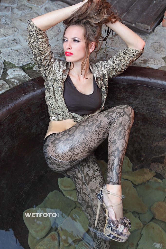 259 Wetlook With Sexy Girls In Wet Jacket And Leggings B -5718