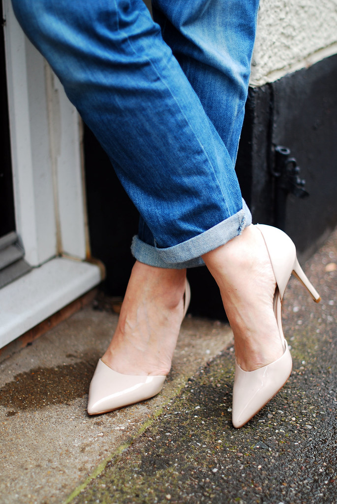 most comfortable nude pumps