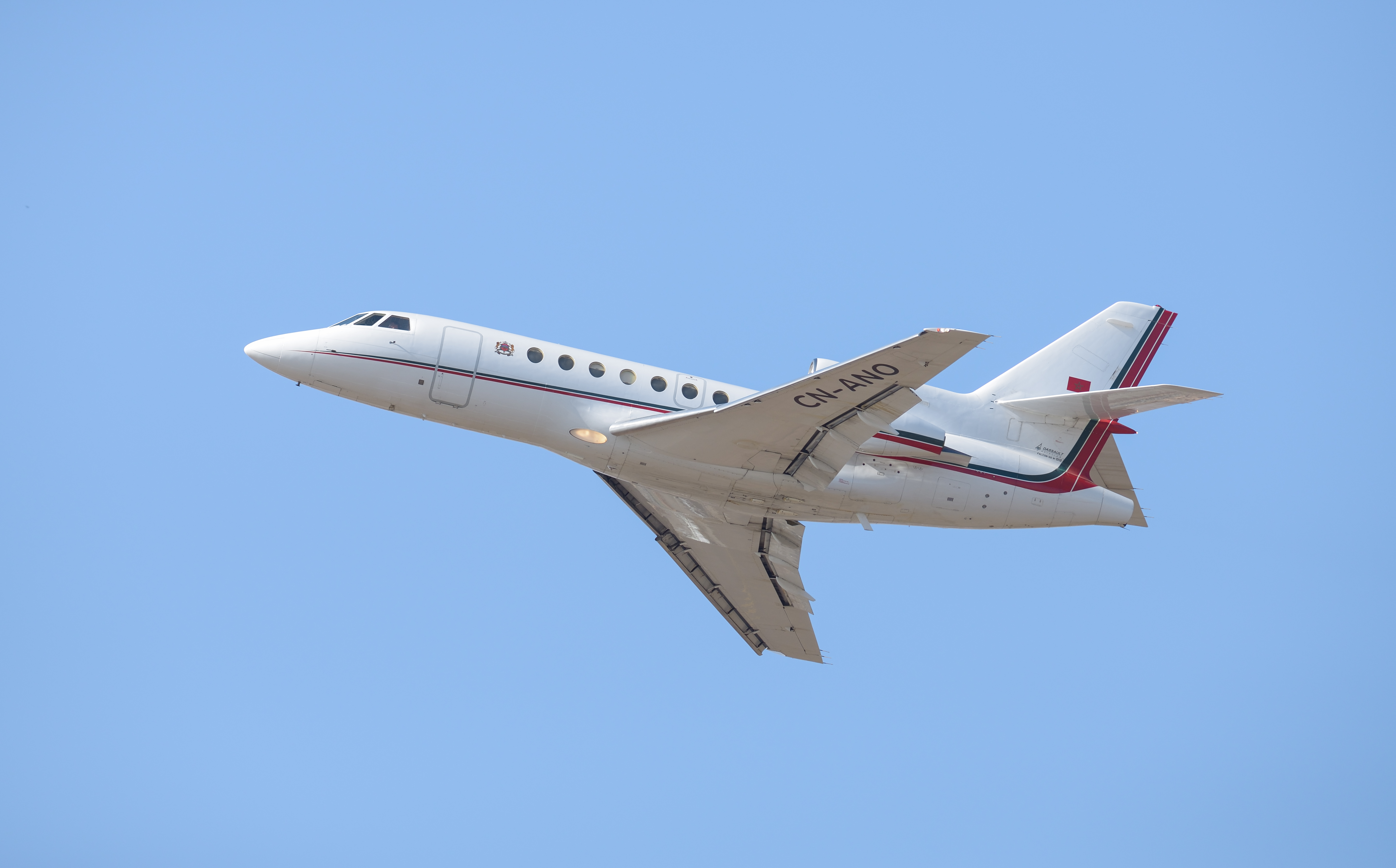 FRA: Avions VIP, Liaison & ECM - Page 13 26266038814_49f9160607_o