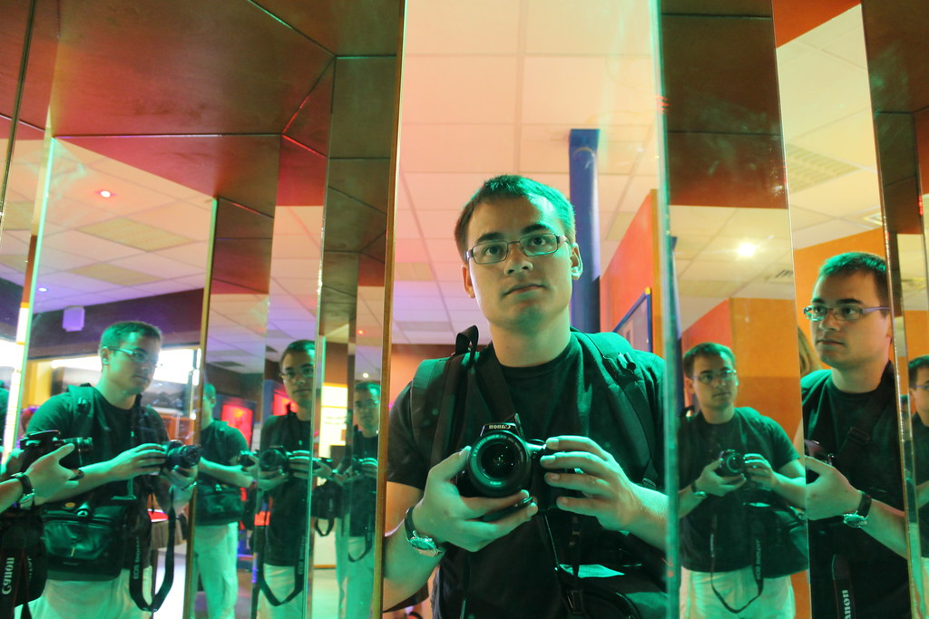 Photo th rapie 4 devant le miroir photo th rapie 4 for Miroir 3 pans