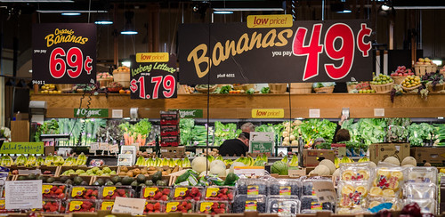Produce at a grocery store in Fairfax, Virginia