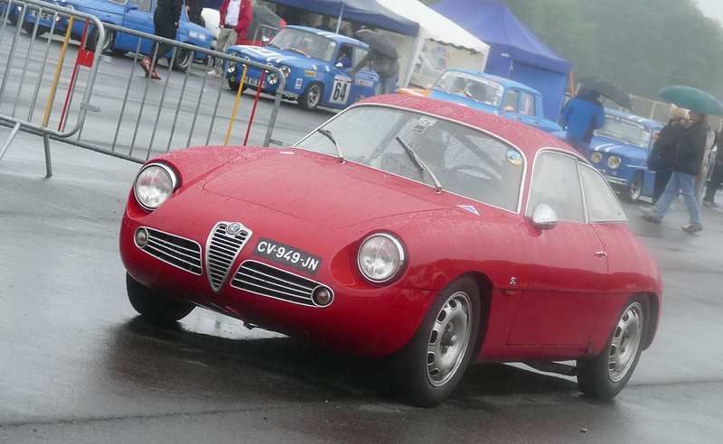 Alfa Giulietta Sprint Zagato - Autodrome de Linas Montlhéry  27643620905_32d1bfd61d_c