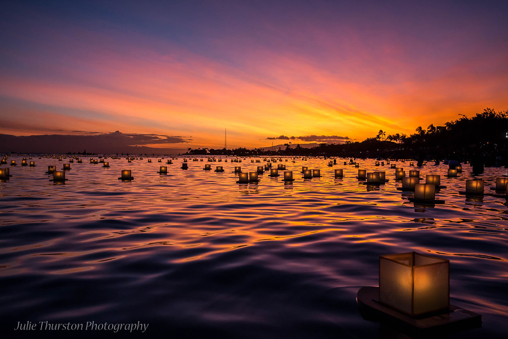 Japanese Floating Lantern Ceremony, Memorial Day, Hawaii ...