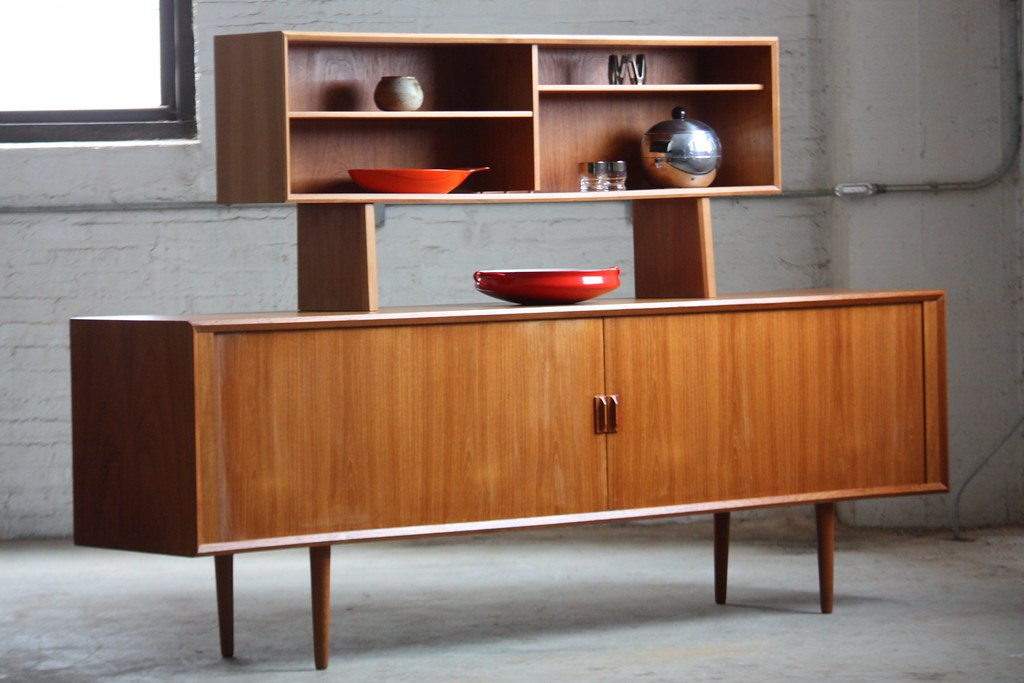 mid century modern credenza diy with 12601739613 on Mid Century Bar Cabi  Small H2253 besides Diy Mid Century Wall Art Living Room Eclectic With Mid Century Modern Art Collection Wood Floor 7 besides Mid Century Furniture Plans 55a36 also 500884789777558278 also Distressed Buffet Table Best New Design Images On And Modern S.