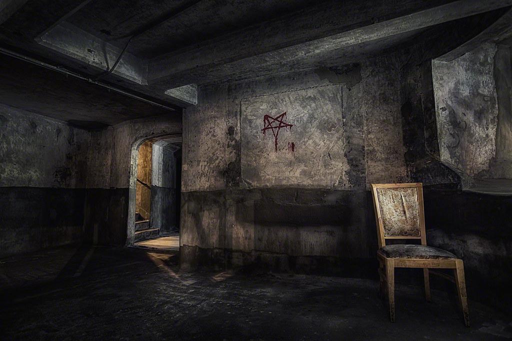 basement 1933 shanghai view the image bigger on my webs flickr. Black Bedroom Furniture Sets. Home Design Ideas