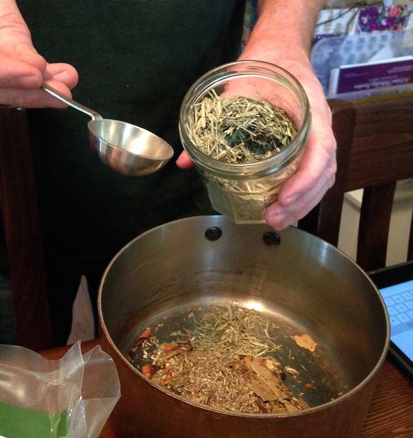 pix5_pot herbs