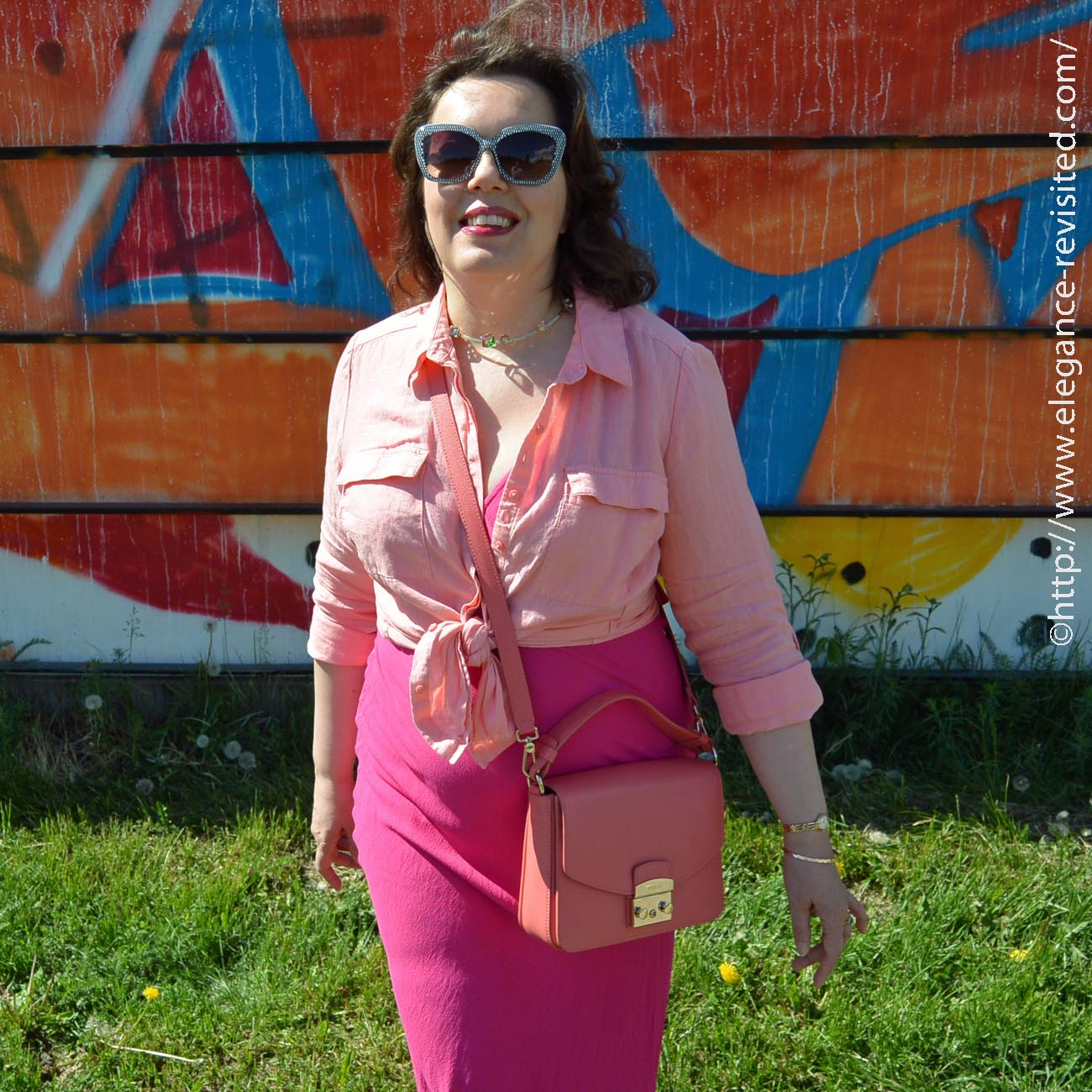 orange and pink color blocking