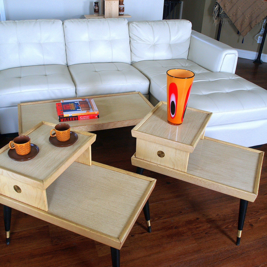 1950s American Mid Century Modern Small Round Top: 50s MID CENTURY FURNITURE Vintage Set Of Blonde Wood Table