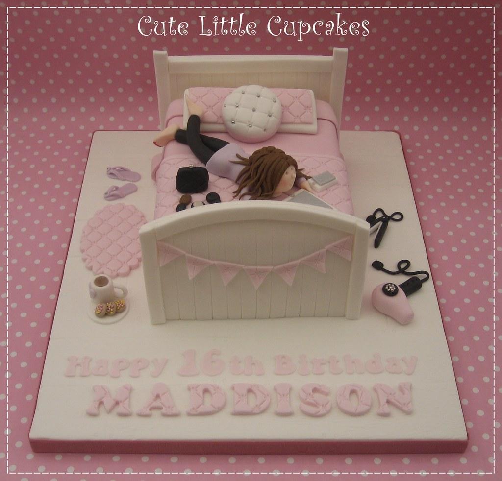 Teenage Girl S 16th Birthday Cake Adored Making This