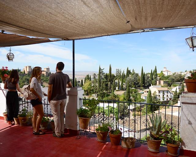 Vistas del Sacromonte de Granada, uno de los barrios más bonitos que visitar en Granada