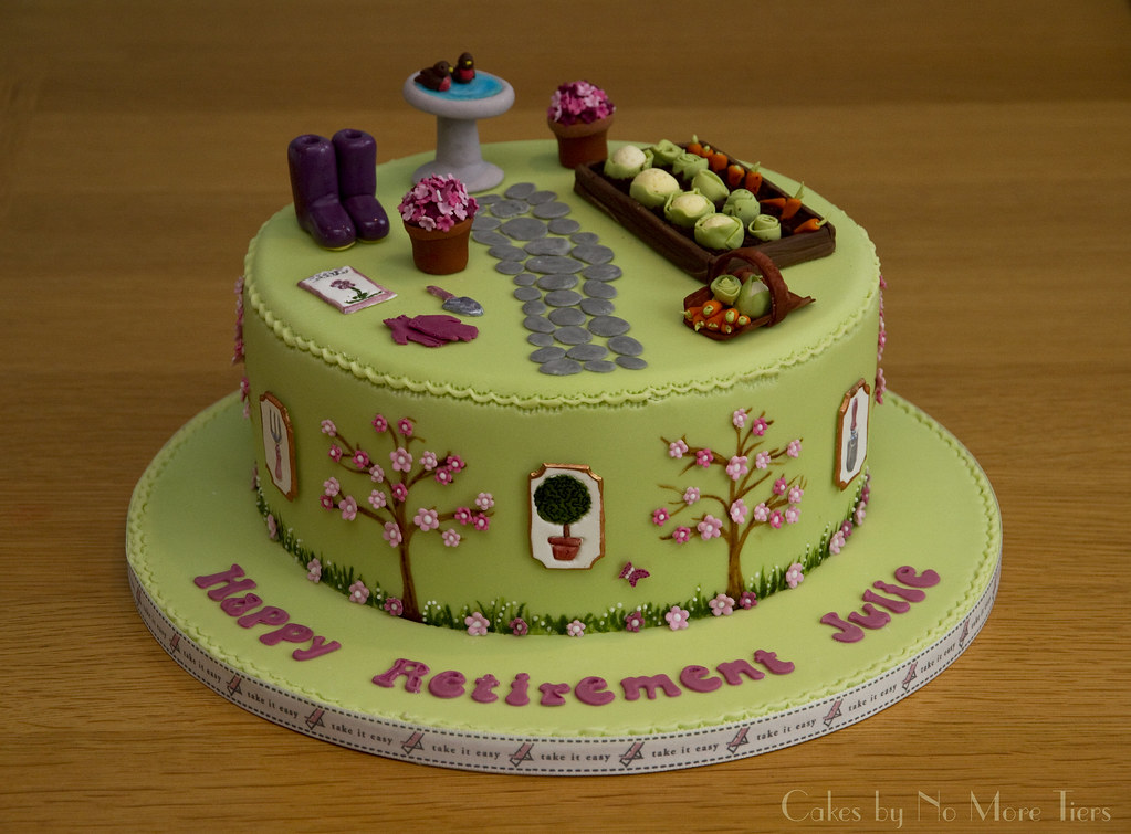 Gardening Retirement Cake A Gardening Themed Retirement