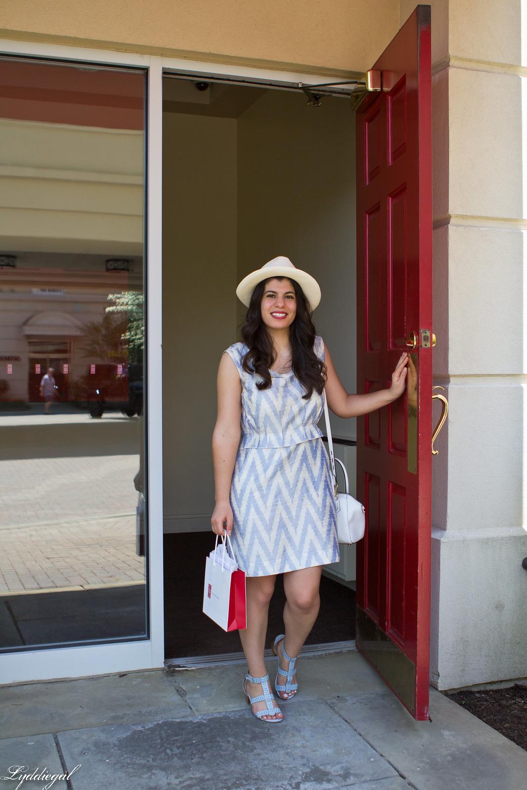 Elizabeth arden red door-8.jpg