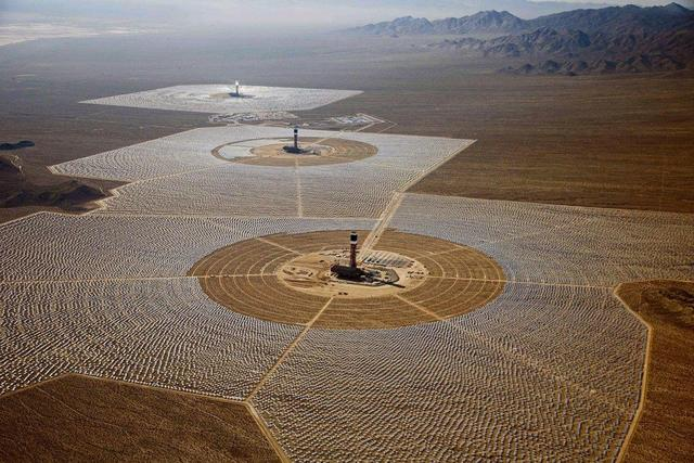 Wonders of the desert: the world's tallest Tower-type solar thermal power station Ashalim