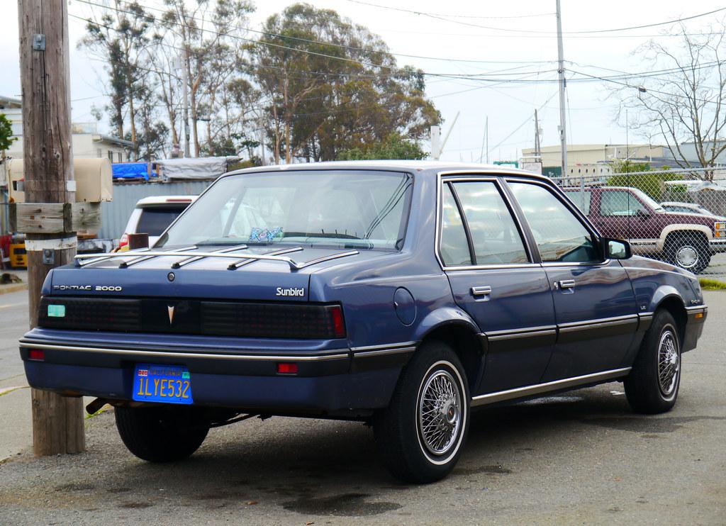 Sausalito California Usa 1984 Pontiac 2000 Sunbird Le