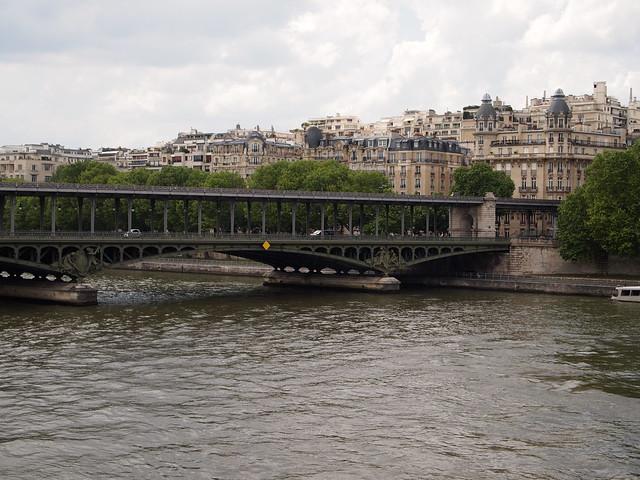 P5271739 エッフェル塔(La tour Eiffel) paris france パリ