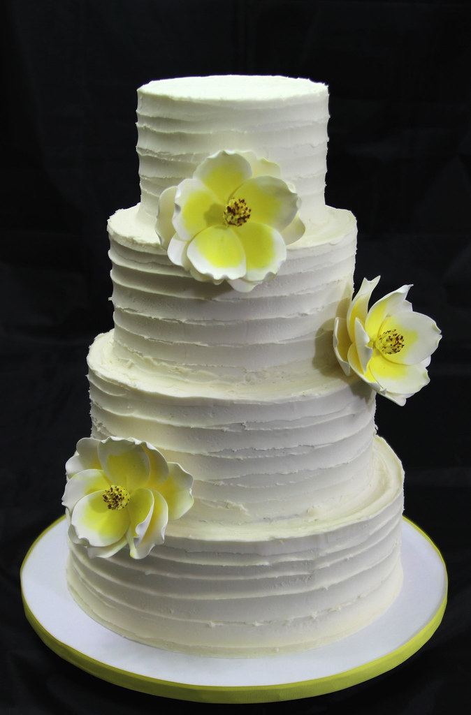 old fashion magnolia wedding cakes four tier cake covered flickr. Black Bedroom Furniture Sets. Home Design Ideas