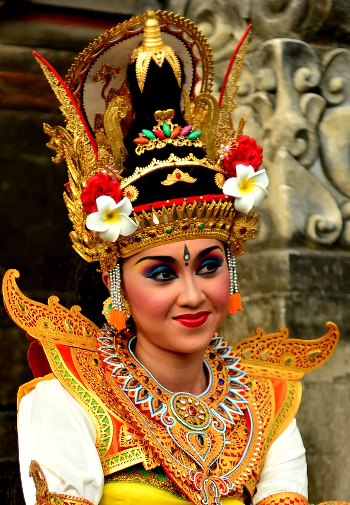 Balinese Dancer  quot;Saraswati Dancequot;,, Choreographed By Ida A…  Flickr