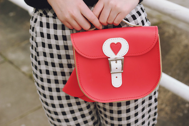 Brit Stitch Red Heart Bag