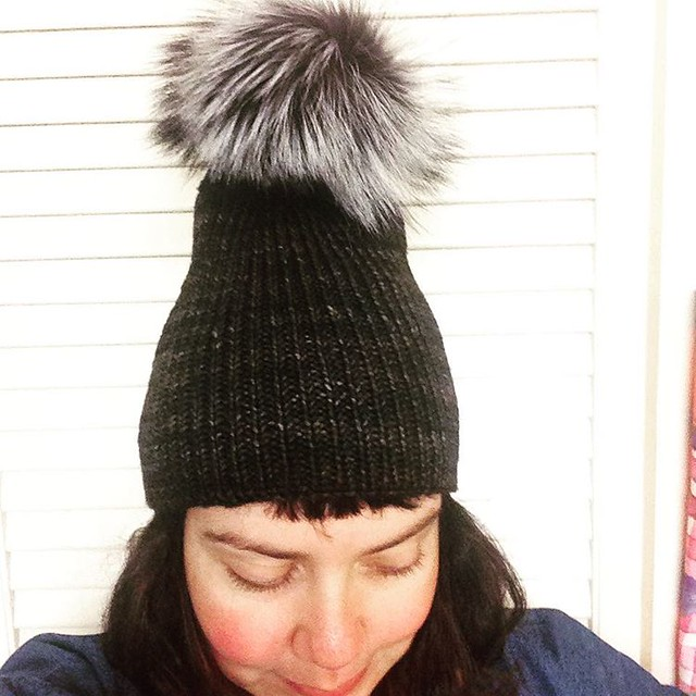 Keeping Pom Pom  levels epic...  And making elvish fashion choices... #rokuhat #madelinetosh