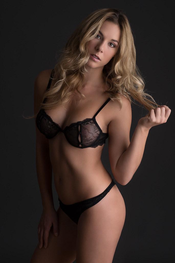 Black Underwear  Model Francesca Ferrazzi Make Up And -8994