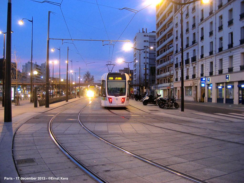 porte de vincennes tram of line 3b before arriving a flickr