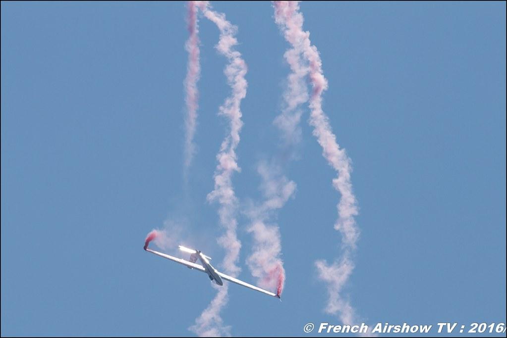 voltige en planeur , French Glider Aerobatic Team, F-chba ,planeur , Lieux , Meeting Aerien 2016