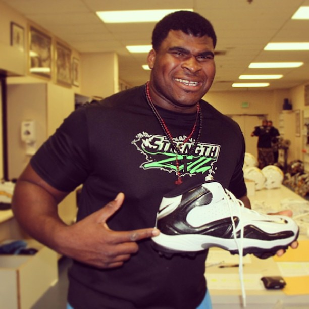 Guess Chargers 1st Round Pick D J Fluker S Shoe Size